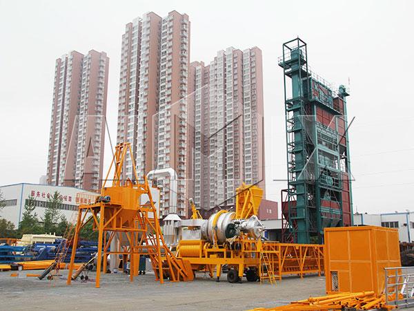 Надежный передвижной асфальтобетонный завод продам из Китая